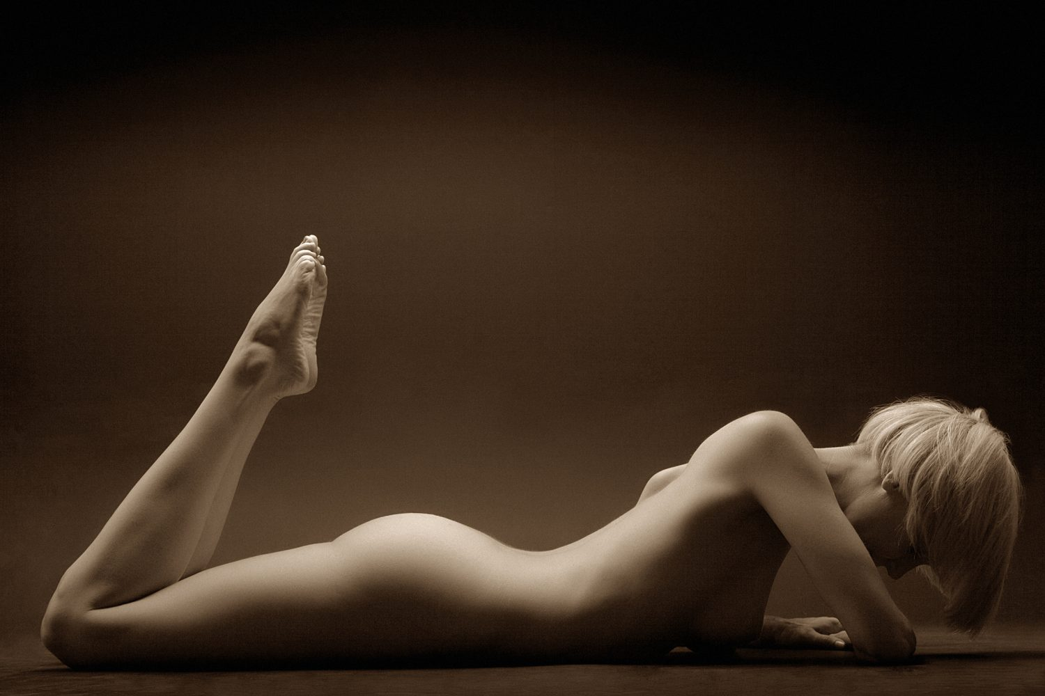 Moody, artistic nude photograph by Perth Photographers